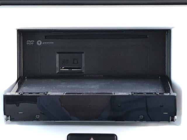 Xターボ 4WD デュアルカメラブレーキサポート 横滑り防止 カロッツェリア製フルセグSDナビ CD/DVD再生 Bluetooth接続 HIDオートライト シートヒーター アイドリングストップ スマートキー(5枚目)