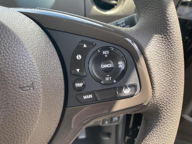 L 4WD ホンダセンシング バックカメラ付 片側パワースライドドア LEDオートライト シートヒーター 衝突軽減装置 横滑り防止 レーンアシスト レーダークルコン コーナーセンサー ステアリングスイッチ(11枚目)
