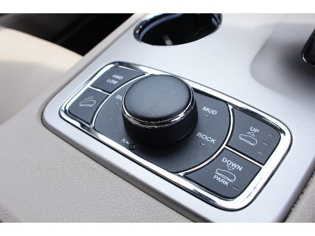 クライスラー・ジープ クライスラージープ グランドチェロキー 4WD 3.6 リミテッド 純正8.4型SDナビフルセグ