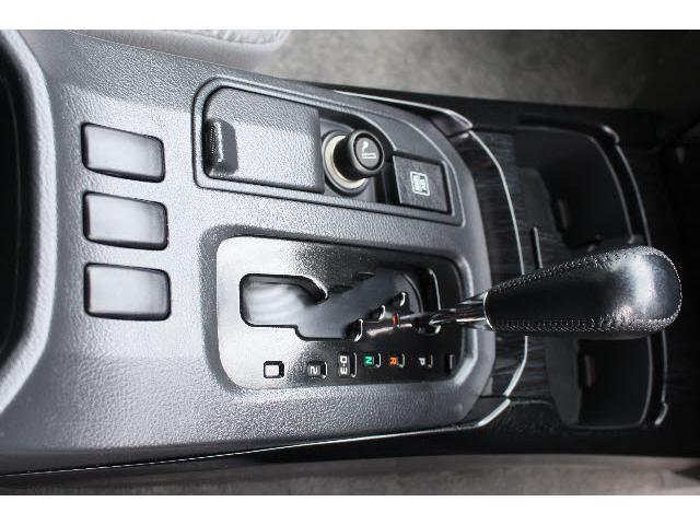 トヨタ ハイラックスサーフ SSR-G 4WD ケンウッドSDナビフルセグDVD再生可能