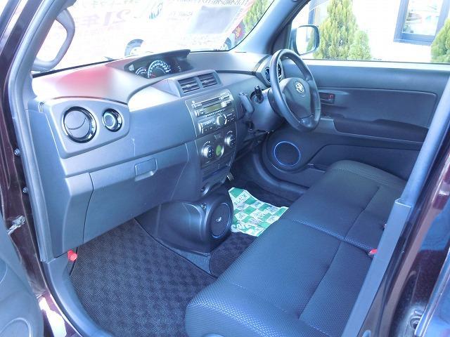 トヨタ bB Z エアロパッケージ 4WD