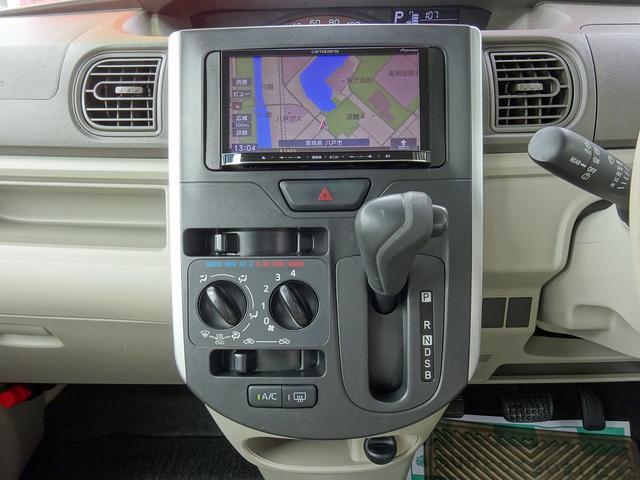 ダイハツ タント L 4WD 社外ナビ 新品スタッドレスタイヤアルミ付き