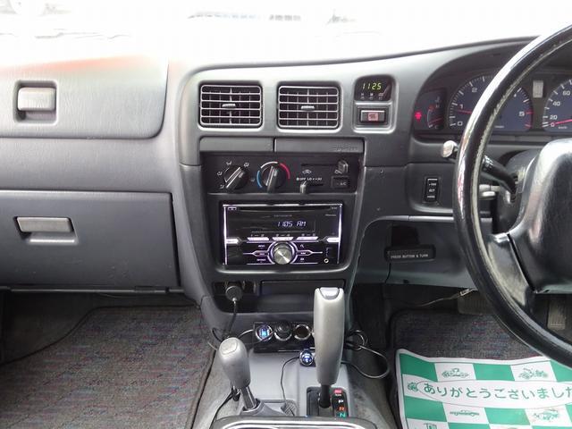 ダブルキャブ 4WD リフトアップ オーバーフェンダー(12枚目)