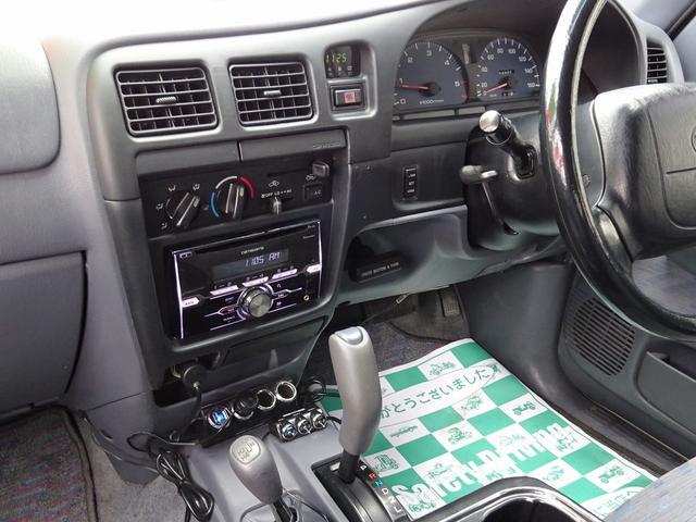 ダブルキャブ 4WD リフトアップ オーバーフェンダー(13枚目)
