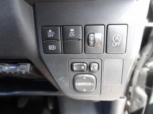 クルーズターボSAIII 4WD マニュアル ターボ 衝突被害軽減装置 アイドリングストップ 電動格納ミラー ナビ フルセグTV バックカメラ キーレス(17枚目)