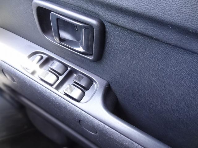 クルーズターボSAIII 4WD マニュアル ターボ 衝突被害軽減装置 アイドリングストップ 電動格納ミラー ナビ フルセグTV バックカメラ キーレス(18枚目)