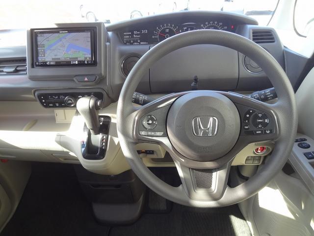 Gホンダセンシング 4WD 衝突被害軽減装置 クルーズコントロール LEDヘッドライト シートヒーター SDナビ バックカメラ キーフリー(9枚目)