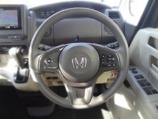Gホンダセンシング 4WD 衝突被害軽減装置 クルーズコントロール LEDヘッドライト シートヒーター SDナビ バックカメラ キーフリー(10枚目)