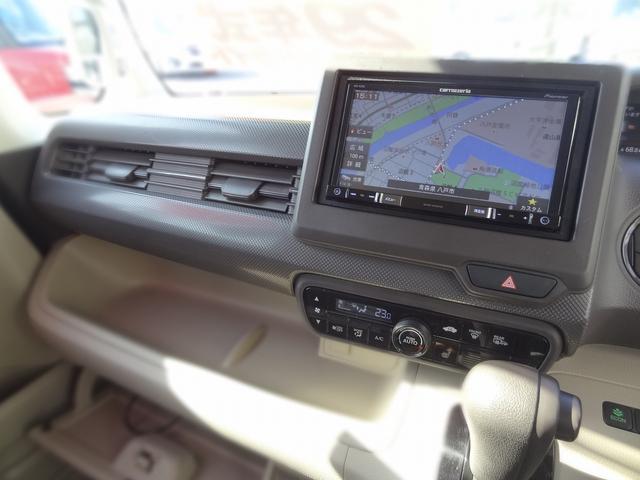 Gホンダセンシング 4WD 衝突被害軽減装置 クルーズコントロール LEDヘッドライト シートヒーター SDナビ バックカメラ キーフリー(11枚目)
