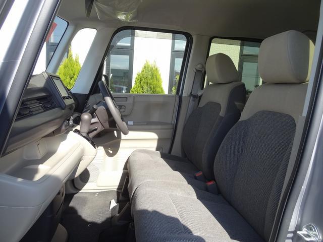 Gホンダセンシング 4WD 衝突被害軽減装置 クルーズコントロール LEDヘッドライト シートヒーター SDナビ バックカメラ キーフリー(24枚目)