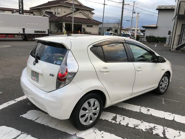 「トヨタ」「アクア」「コンパクトカー」「青森県」の中古車8