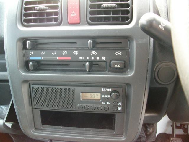 スズキ キャリイトラック 4WD 5速 パワステ エアコン付き
