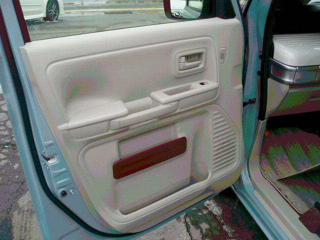 ハイブリッドX 4WD ツートンルーフ LEDライト(10枚目)