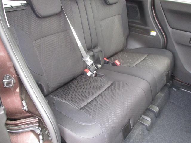 GX4 4WD セーフティサポート 両側パワースライドドア(11枚目)