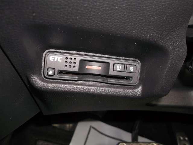 ホンダ フィットハイブリッド Sパッケージ 純正ナビ Bカメラ ETC LEDライト