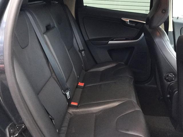 「ボルボ」「ボルボ XC60」「SUV・クロカン」「青森県」の中古車11