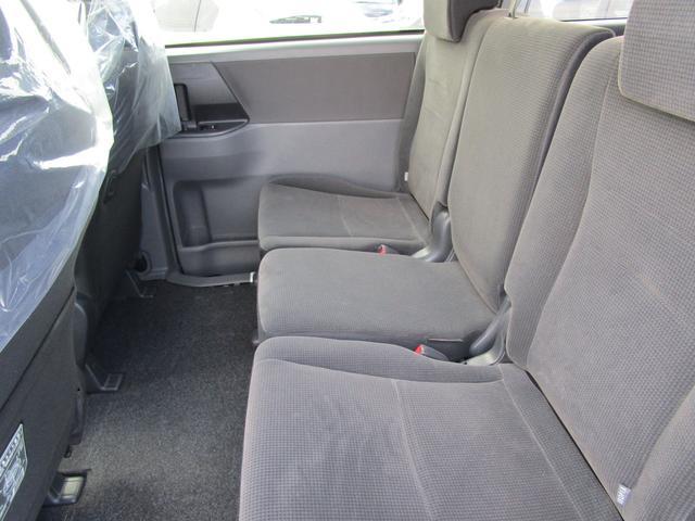 トヨタ ノア X Lセレクション  4WD 純正OP HDDナビ