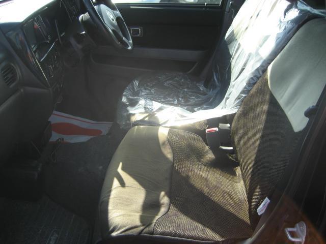 G Sパッケージ 4WD コラムAT 3列シート 禁煙(8枚目)