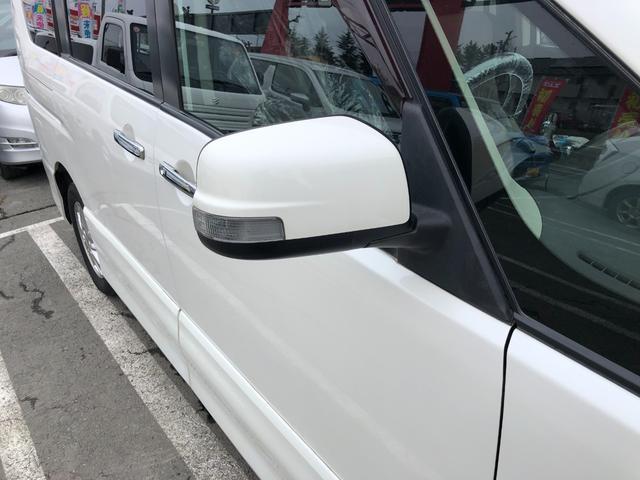 ライダー 4WD サンルーフ ナビ TV DVD Bluetooth 後席モニター プッシュスタート(11枚目)