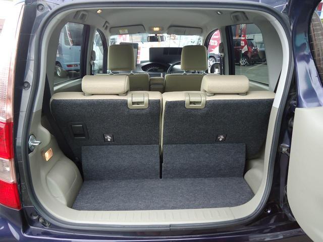 後席の前後スライドを活用し多彩なシートアレンジで大きな荷物も、長尺物も、高さのある物もしっかり積めます。