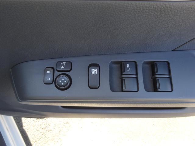 S FOUR 4WD プッシュスタート スマートキー ETC ドライブレコーダー シートヒーター ベンチシート アイドリングストップ(12枚目)