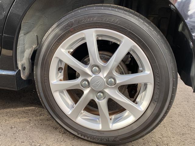タイヤサイズは155/65R14 純正アルミホイール!