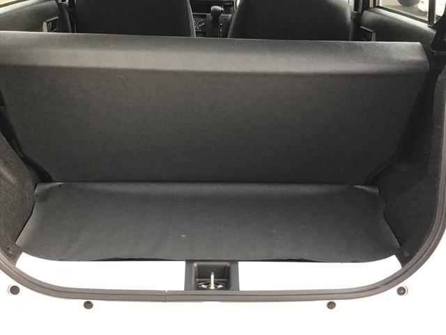 トランクスペースにはシートが付いておりますので、汚れても拭き取りやすく清潔に保つことができます。