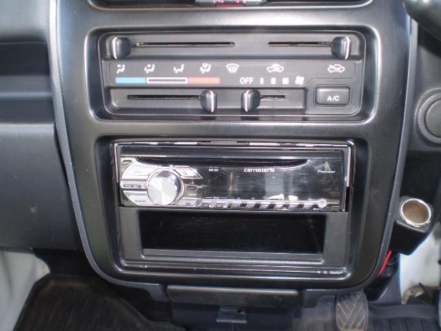 スズキ キャリイトラック KCエアコン・パワステ 4WD CD
