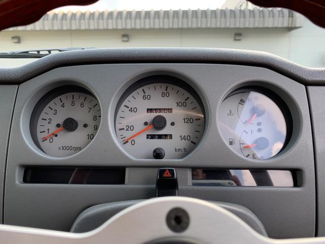 ランドベンチャー 4WD エンジンОH済 リフトアップ 5速マニュアル 記録簿 M/Tタイヤ F&Rクロカンバンパー ルーフキャリア 黒革調シートカバー MOMOステアリング ノックスドール施工済 16インチAW(4枚目)