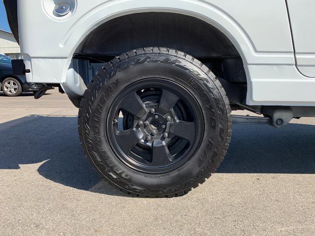 ランドベンチャー 4WD エンジンОH済 リフトアップ 5速マニュアル 記録簿 M/Tタイヤ F&Rクロカンバンパー ルーフキャリア 黒革調シートカバー MOMOステアリング ノックスドール施工済 16インチAW(34枚目)