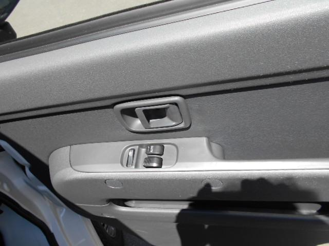 DX 4WD パワーウインド付き5速マニュアル車(17枚目)