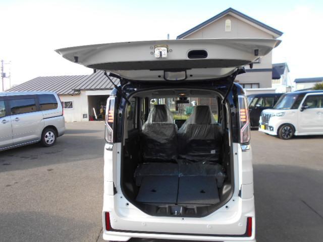 ハイブリッドXSターボ4WD両側電動ドア全方位8インチナビ(20枚目)