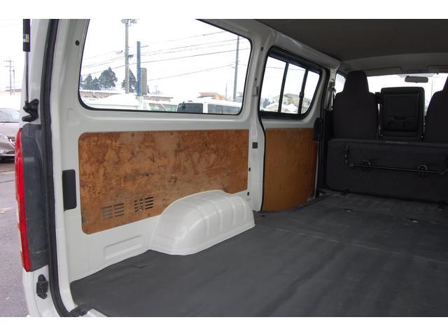 トヨタ ハイエースバン ロングDX 4WD 4ドア
