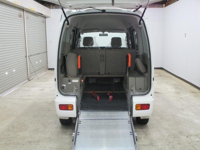 スローパー 4WD 車いすスローパ車両 ウインチ付 福祉車両(8枚目)