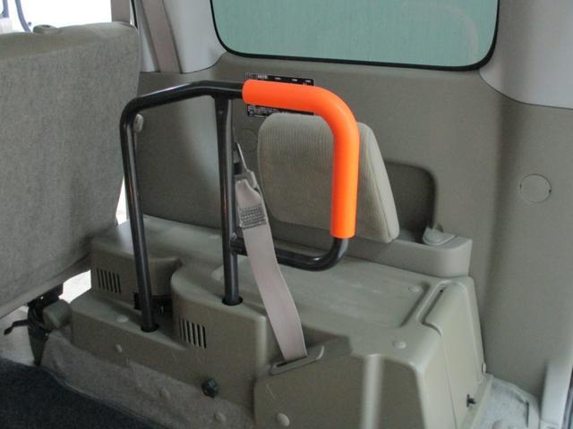 スローパー 4WD 車いすスローパ車両 ウインチ付 福祉車両(13枚目)