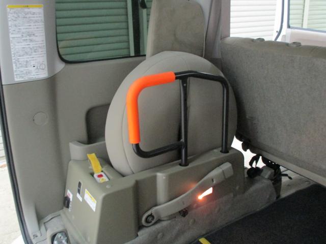 スローパー 4WD 車いすスローパ車両 ウインチ付 福祉車両(14枚目)