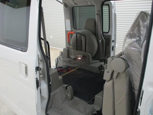スローパー 4WD 車いすスローパ車両 ウインチ付 福祉車両(16枚目)