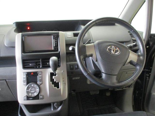 「トヨタ」「ヴォクシー」「ミニバン・ワンボックス」「秋田県」の中古車17