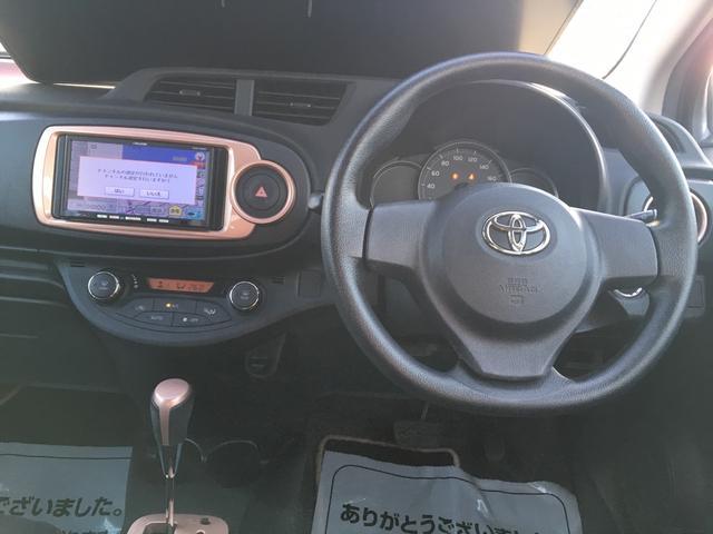 トヨタ ヴィッツ F シエル 4WD 社外SDナビ ワンセグTV スマートキー