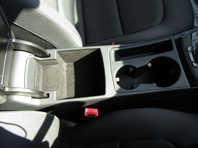 アウディ アウディ A4 1.8TFSI バックカメラ HID ETC ERサス