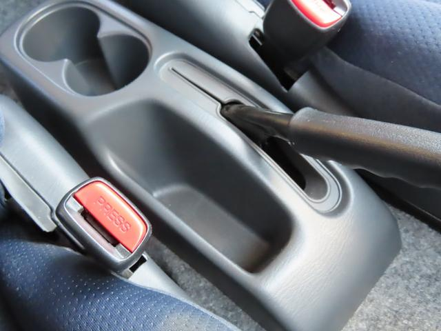 XC 4WD 5速MT 副変速機付きトランスファーレバー フォグランプ 電動格納ヒーテッドドアミラー キーレスキー ABS(16枚目)