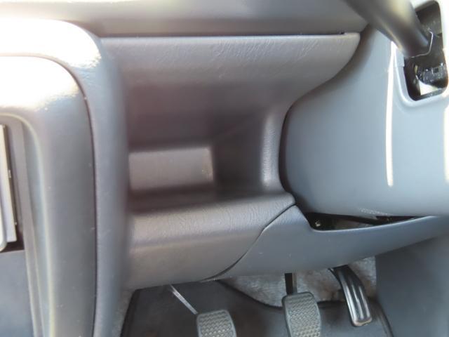 XC 4WD 5速MT 副変速機付きトランスファーレバー フォグランプ 電動格納ヒーテッドドアミラー キーレスキー ABS(17枚目)