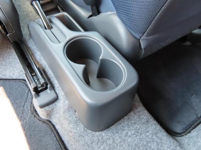 XC 4WD 5速MT 副変速機付きトランスファーレバー フォグランプ 電動格納ヒーテッドドアミラー キーレスキー ABS(27枚目)