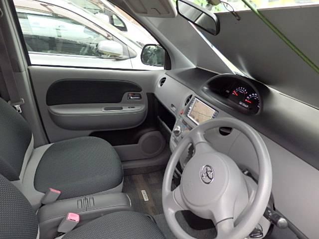 トヨタ シエンタ Xリミテッド 4WD ワンオーナー HDDナビ バックカメラ