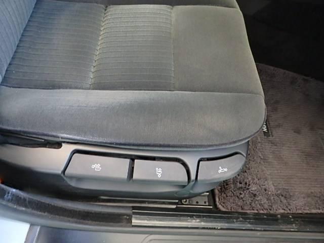 BMW BMW 525i サンルーフ パワーシート CD キーレス