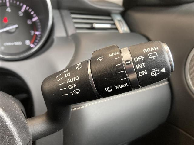 プレステージ 黒本革シート Meridianサウンドシステム パノラミックガラスルーフ テクノロジーPKG アダプティブダイナミクス 純正ナビゲーション(BT-A/USB/AUX) バック/サイドカメラ ETC(10枚目)