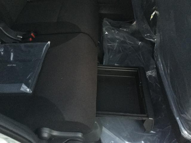 GブラックアクセントリミテッドSAIII4WD届出済未使用車(20枚目)