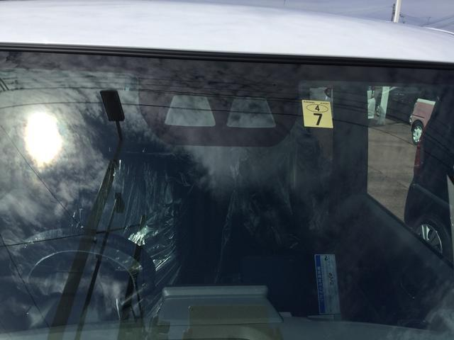 衝突警報(対車両 対歩行者)/衝突回避支援ブレーキ機能(対 車両 対歩行者) 車線逸脱警報機能 誤発信抑制機能(前方 後方) 先行者発進お知らせ機能 オートハイビーム付