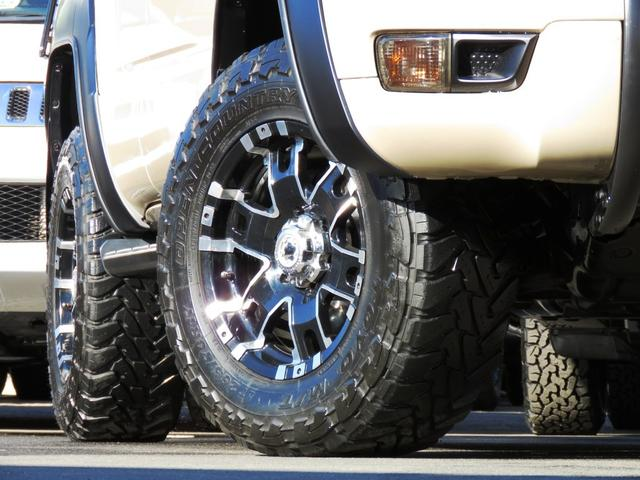 トヨタ ハイラックスサーフ SSR-X A.Ver 4WD リフトUP BKインテリア