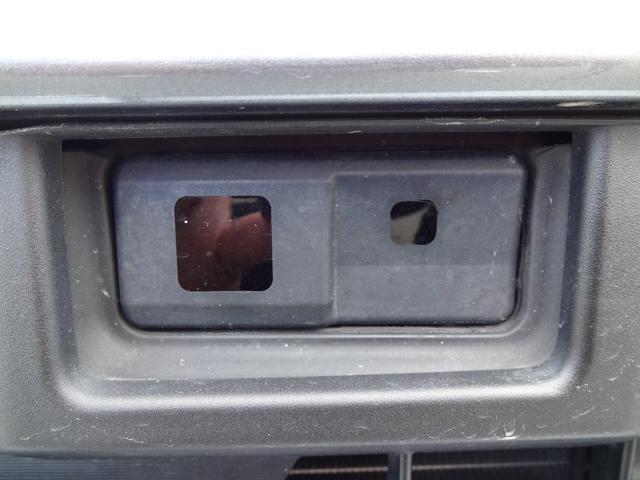 カスタム RS SA 4WD ターボ フルセグ対応SDナビ(8枚目)